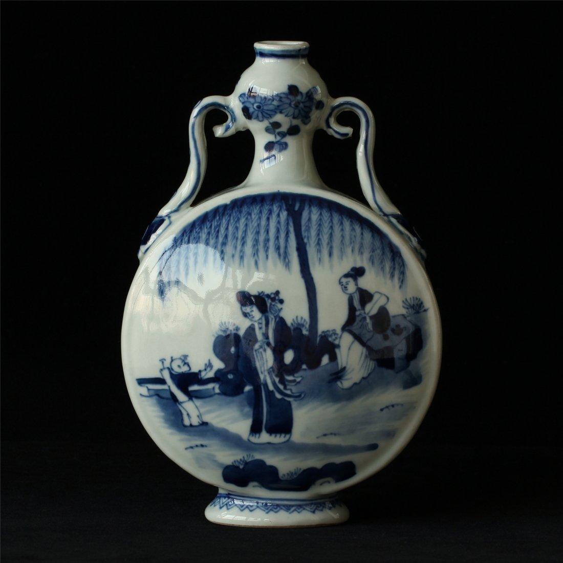 Blue and white porcelain vase of Qing Dynasty KangXi - 9