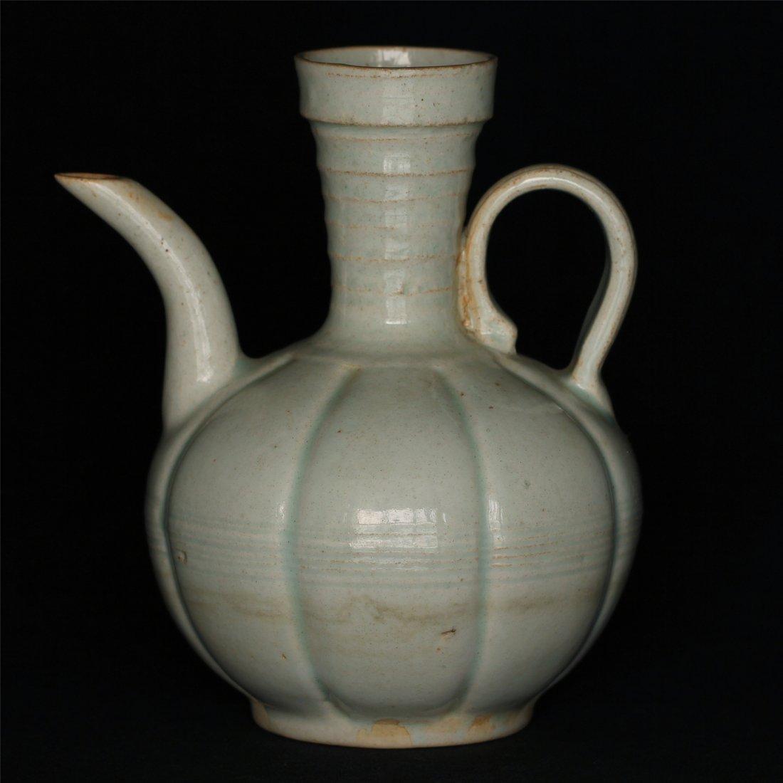 Chinese celadon pot.