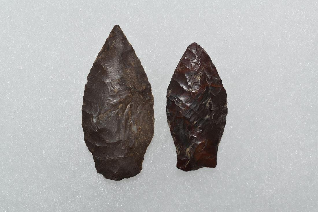 2 small Western Paleo Points, Longest 2.5/8""