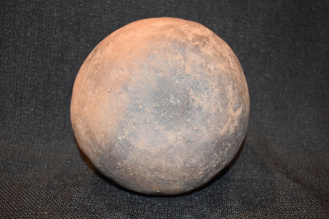 "Pre-Columbian Designed Jar, 5"" dia, 3.1/4"" tall, - 4"