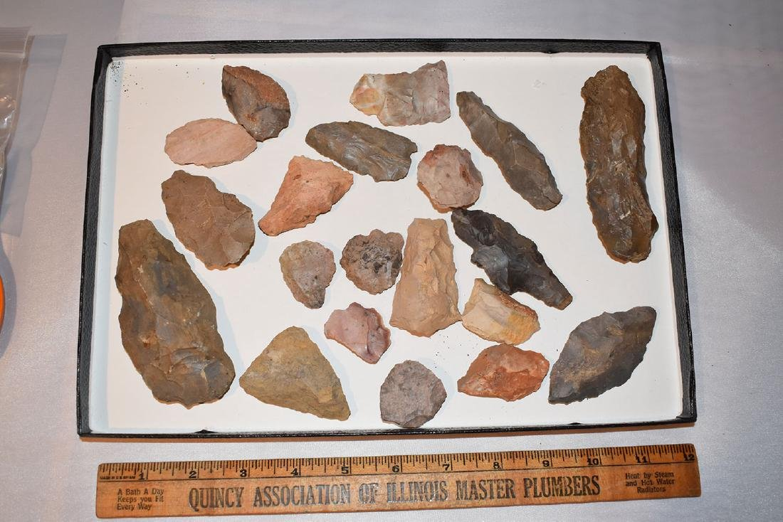 Lot of Tennessee arrowheads