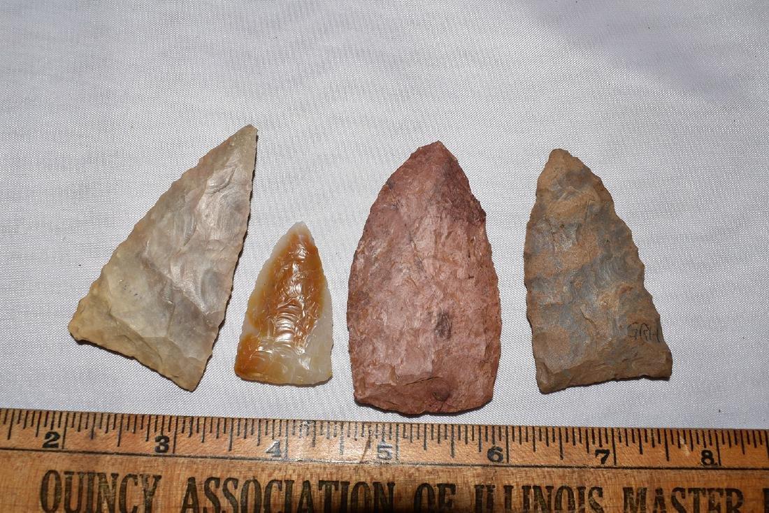 4 nicer NW Arkansas Triangle Arrowheads, one is agate