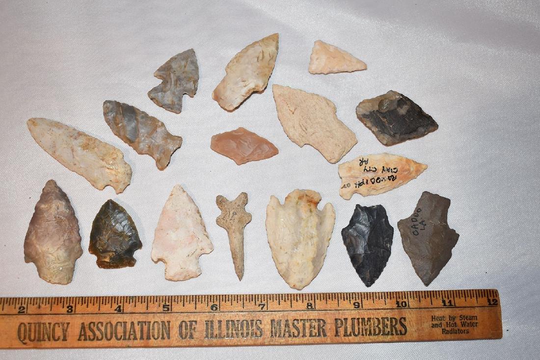 Lot of USA arrowheads