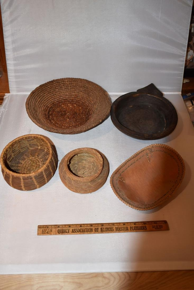 Lot of early 1900's artifacts, some tourist trade - 2