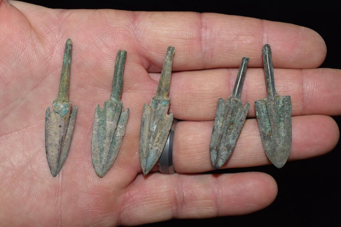 Lot of Bronzed Copper Arrowheads, China / Roman