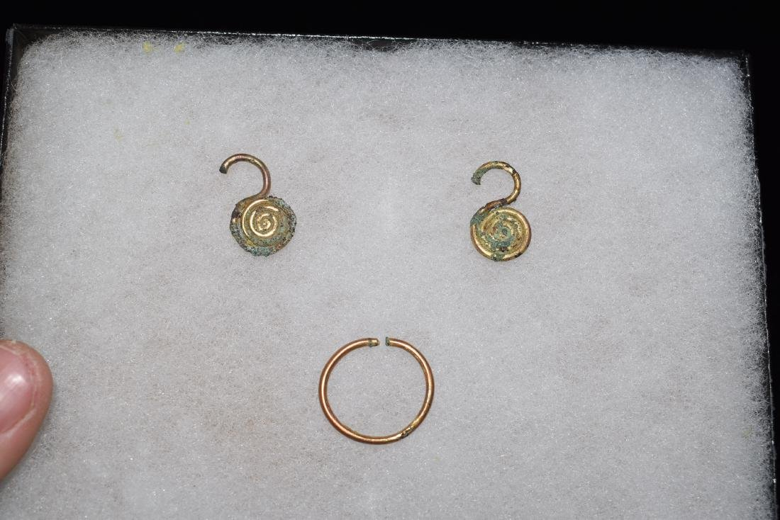 3 Pre-Columbian Gold Relics, Gold Content Unknown, Ring