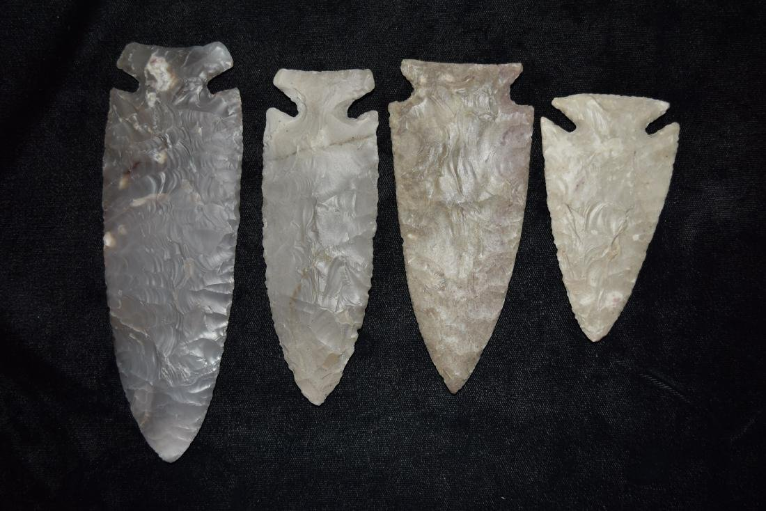 Lot of Reproduction Arrowheads