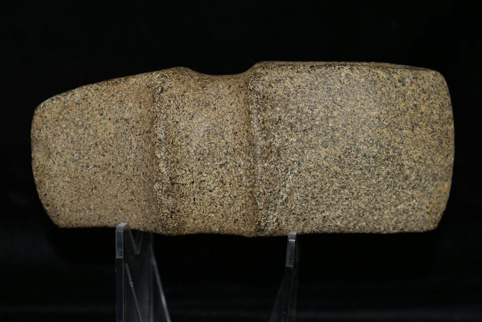 "5 1/8"" Illinois Trophy Axe found in Lasalle Co., Iowa,"