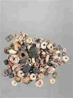 LOT OF OVER 100 SHELL & STONE PRE-COLUMBIAN BEADS FROM