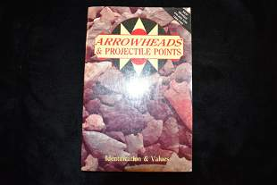 BOOK; ARROWHEADS & PROJECTILE POINTS, 224 PAGES, LAR