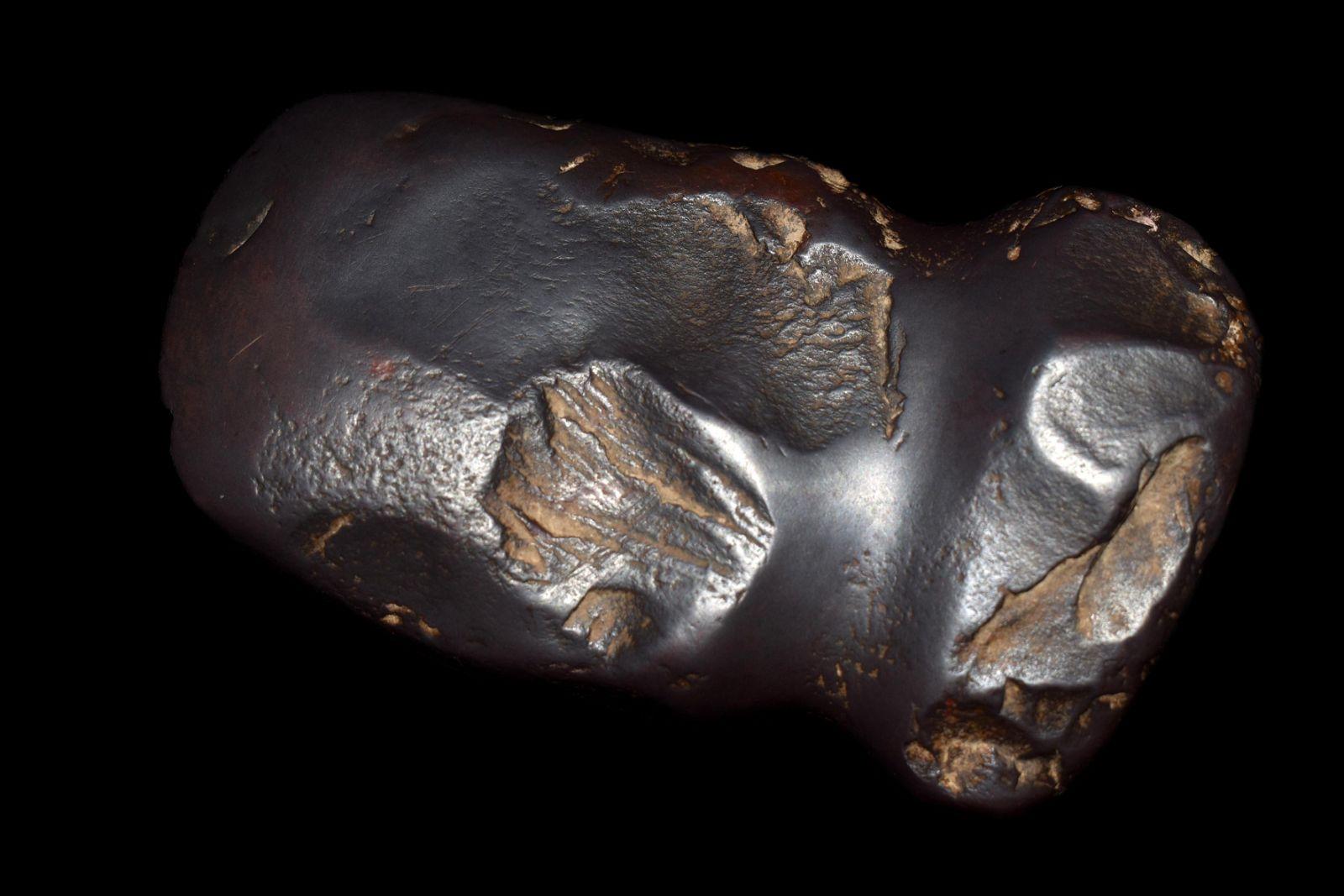 "5"" Hematite Full Groove Axe found in Montgomery County,"
