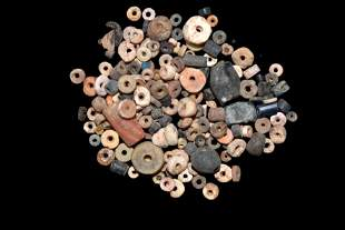 LOT OF OVER 100 PRE-COLUMBIAN BEADS FROM MEXICO,