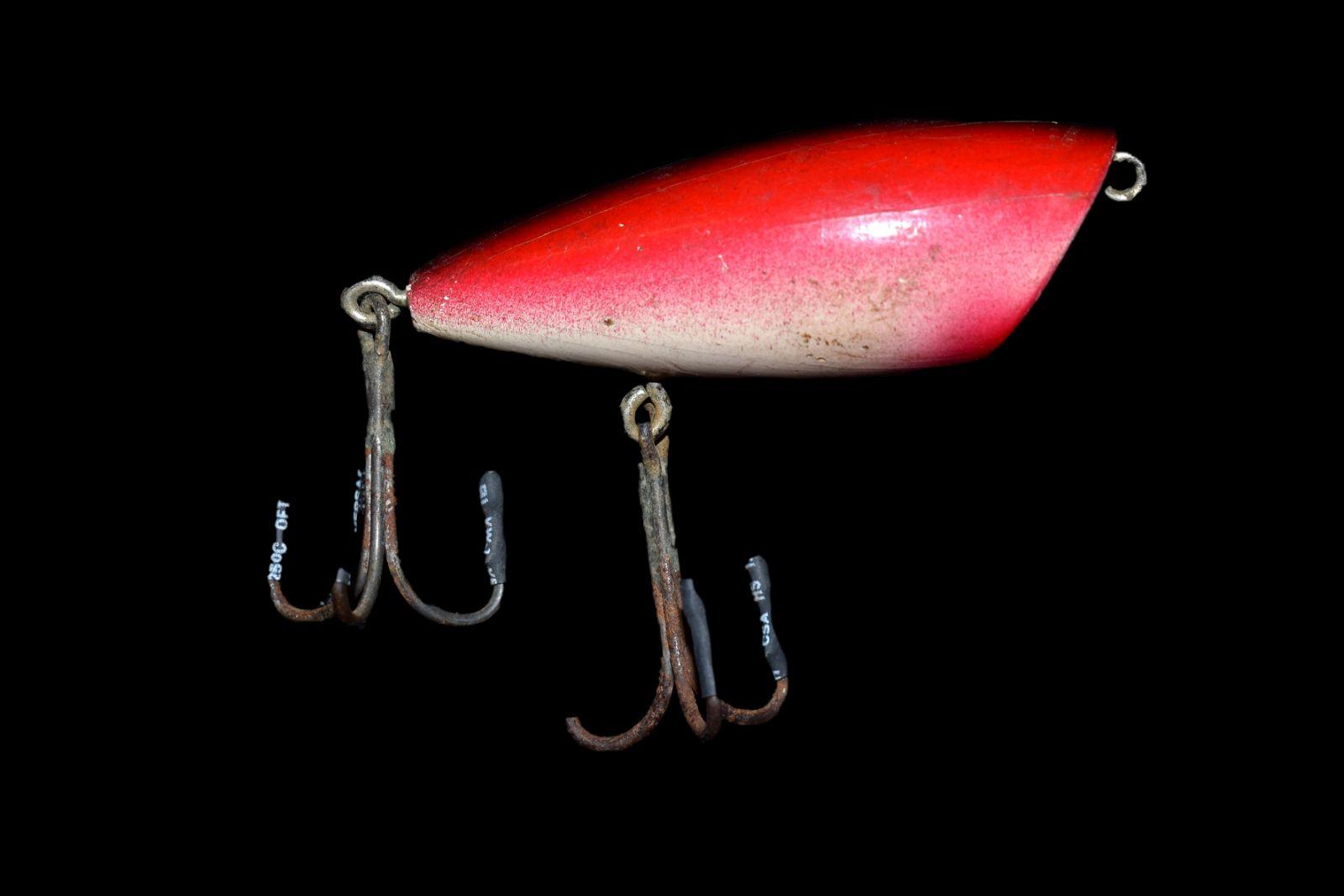 VINTAGE FISHING LURE