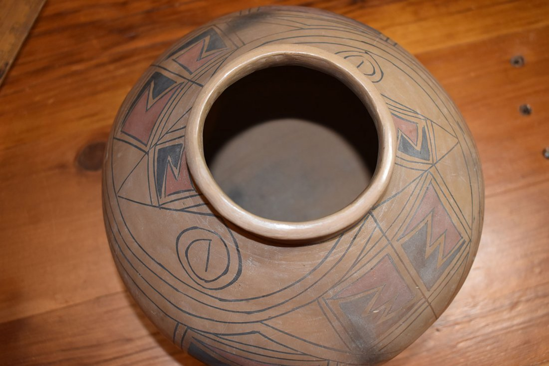 SOUTHWEST AMERICAN POTTERY VESSEL, UNSIGNED, LIKELY - 6