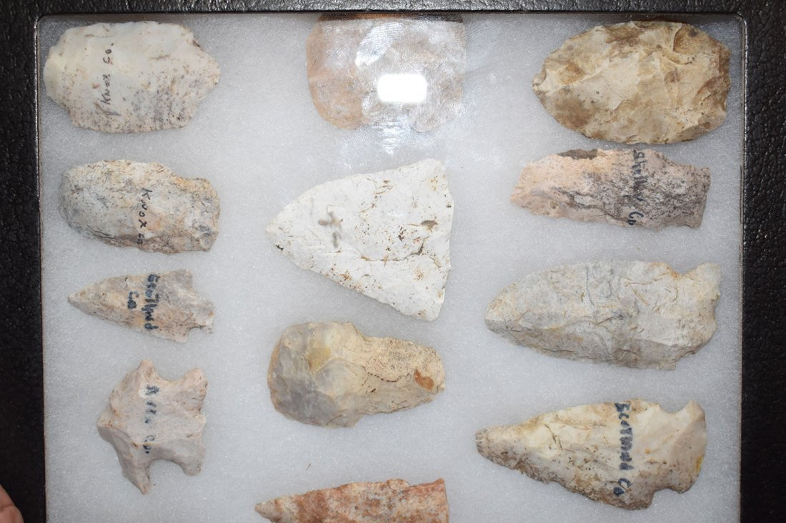 """8 1/2"""" X 12"""" FRAME OF 25  ARROWHEADS FROM STODDARD - 2"""