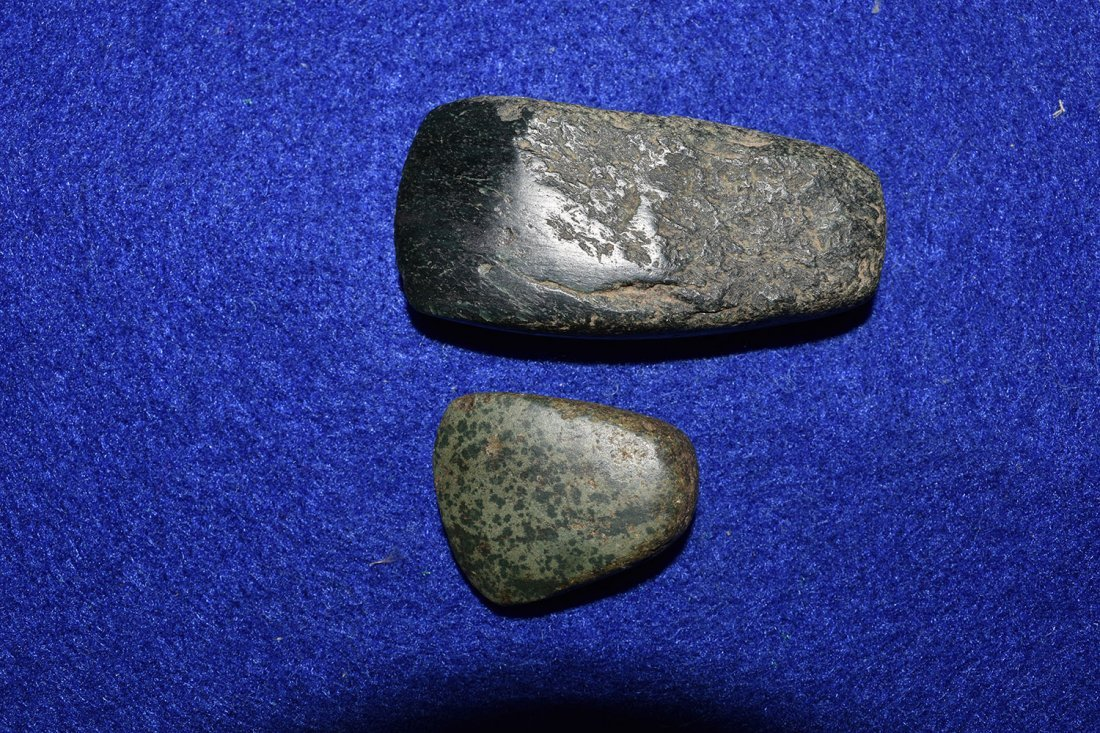 PAIR OF  MINIATURE JADE CELTS FROM SOUTH AMERICA.