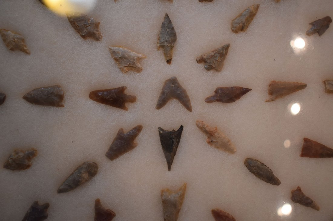 """12  1/2"""" X 16"""" FRAME OF 51 AFRICAN NEOLITHIC ARROWHEADS - 2"""