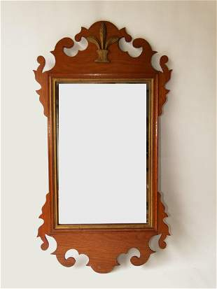 18TH C CHIPPENDALE MIRROR