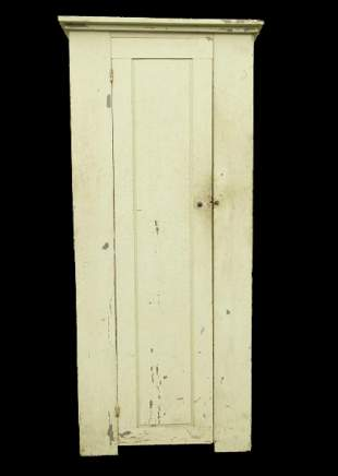 19TH CENTURY SINGLE DOOR CUPBOARD