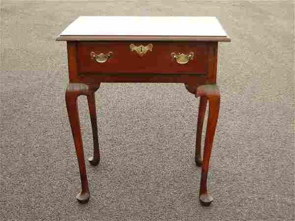 18TH C QUEEN ANNE DIMINUTIVE SIDE TABLE