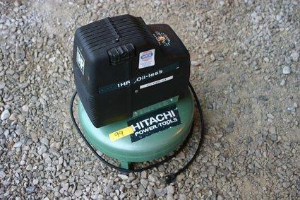 1: Hitachi Pancake Compressor 1 Hp Oil-less 1700 RPM NR
