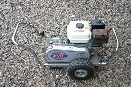 6: Simpson Portable High Presser Washer 2000 PSI - NR