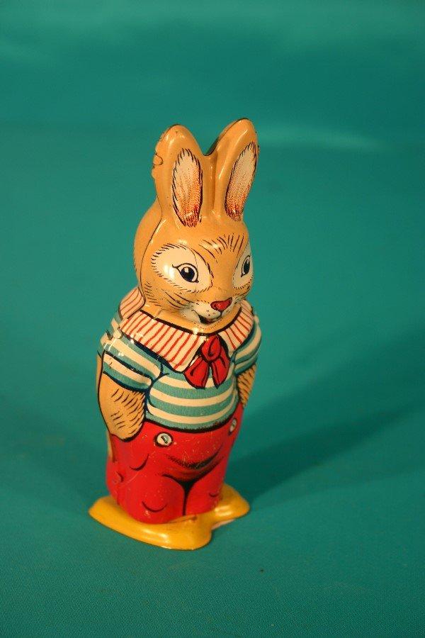 70: J. Chein key wind tin lithograph rabbit