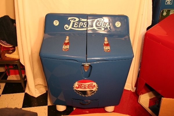 251: New contemporary Pepsi-Cola split top cooler