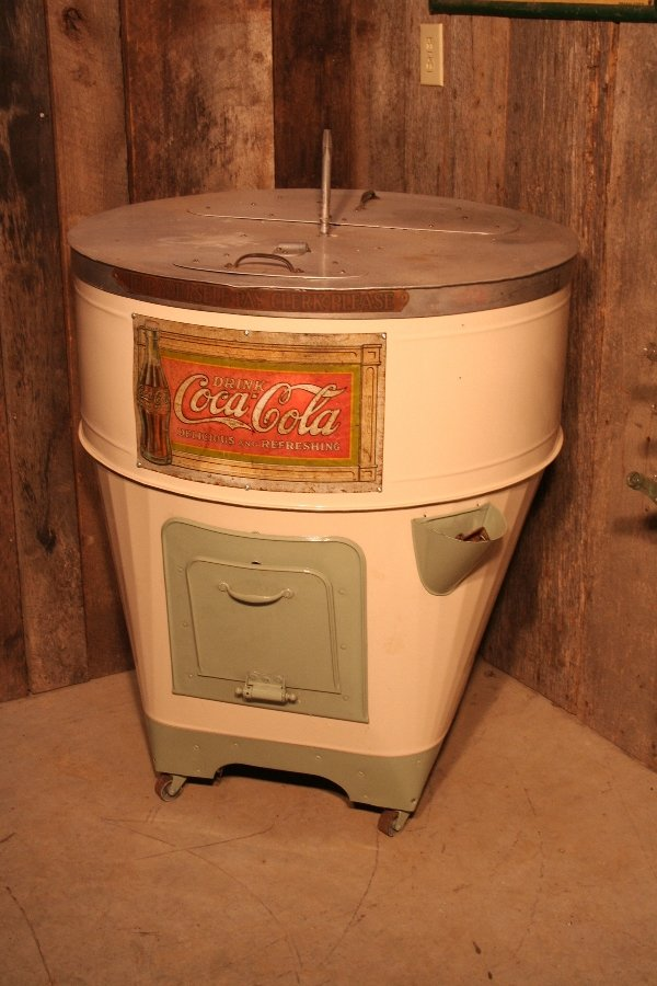 261: Coca-Cola round ice box