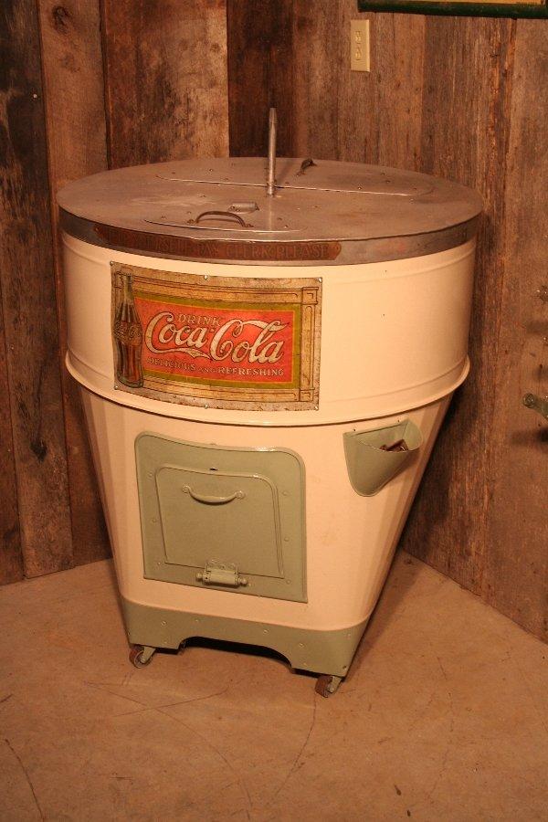 261: Coca-Cola round ice box