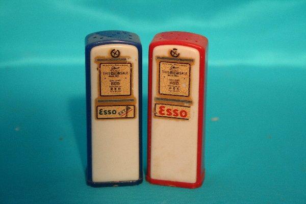 324: Esso gas pump salt and pepper