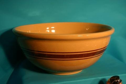 10: Yellow ware brown banded bowl