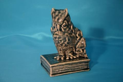 108: Rookwood pottery owl bookends