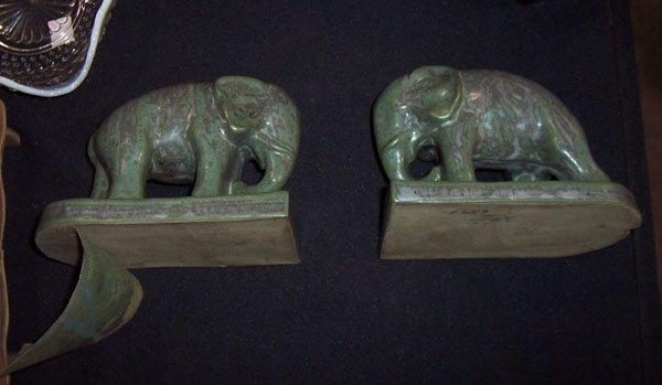 123: Elephant bookends Rookwood?