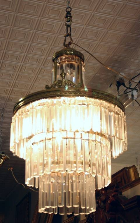 230: Three tier chandelier with lusters