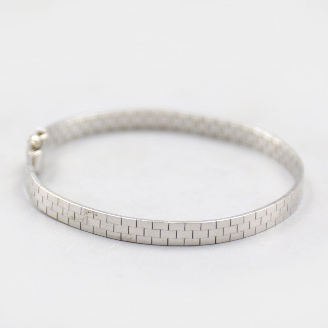 18K White Gold Bracelet.