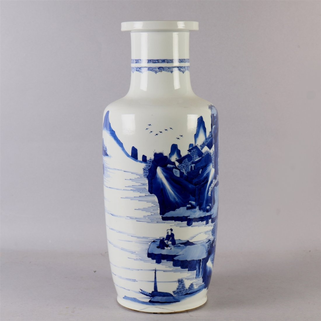 Chinese blue-white porcelain vase. - 2