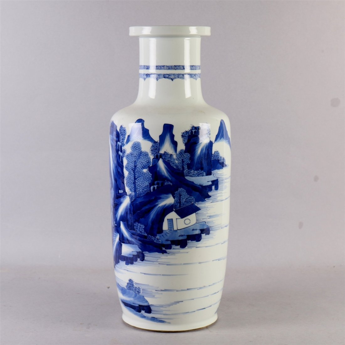 Chinese blue-white porcelain vase. - 3