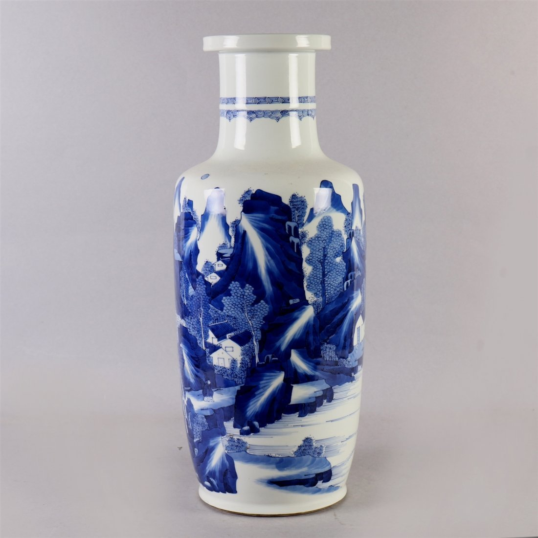 Chinese blue-white porcelain vase. - 4