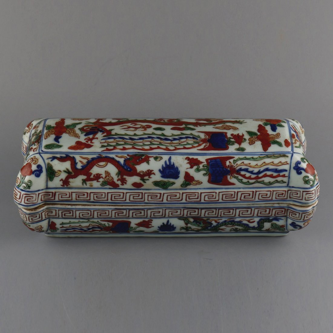 Chinese Wu Cai Porcelain Square Box with Cover