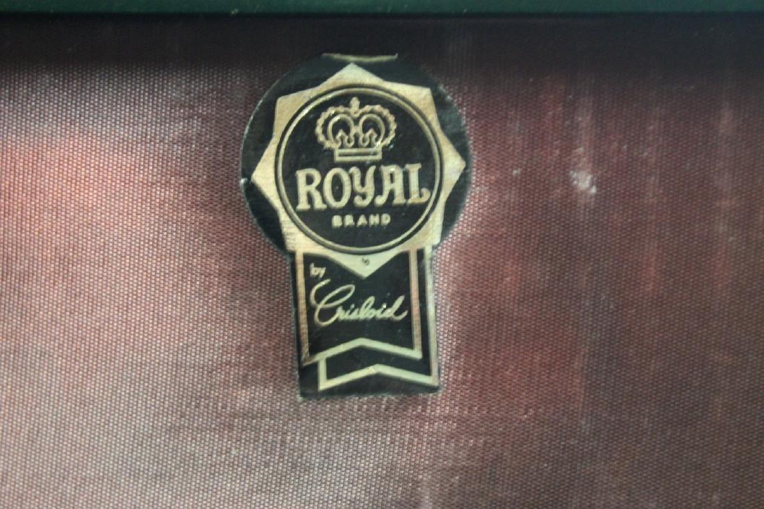 Chris Lloyd Royal Gold Mah-Jong Set with Bakelite racks