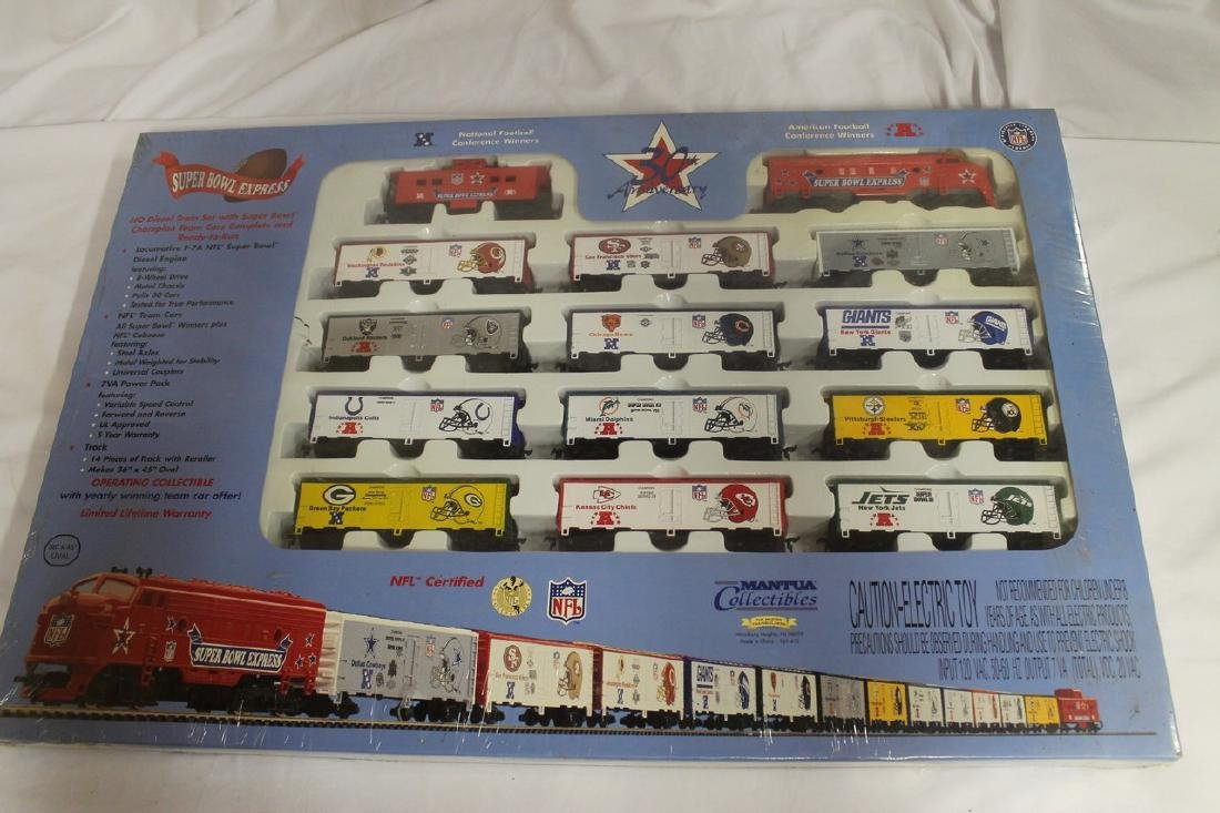 Superbowl Express train track