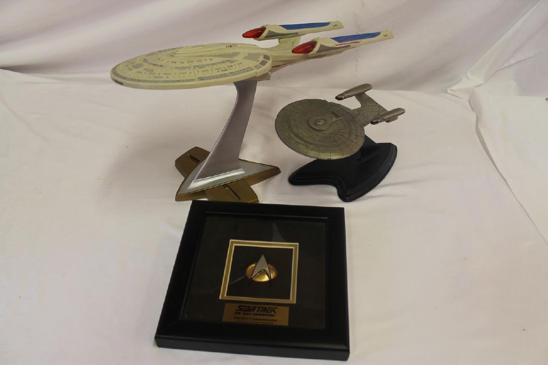 Lot of three Star Trek collectibles