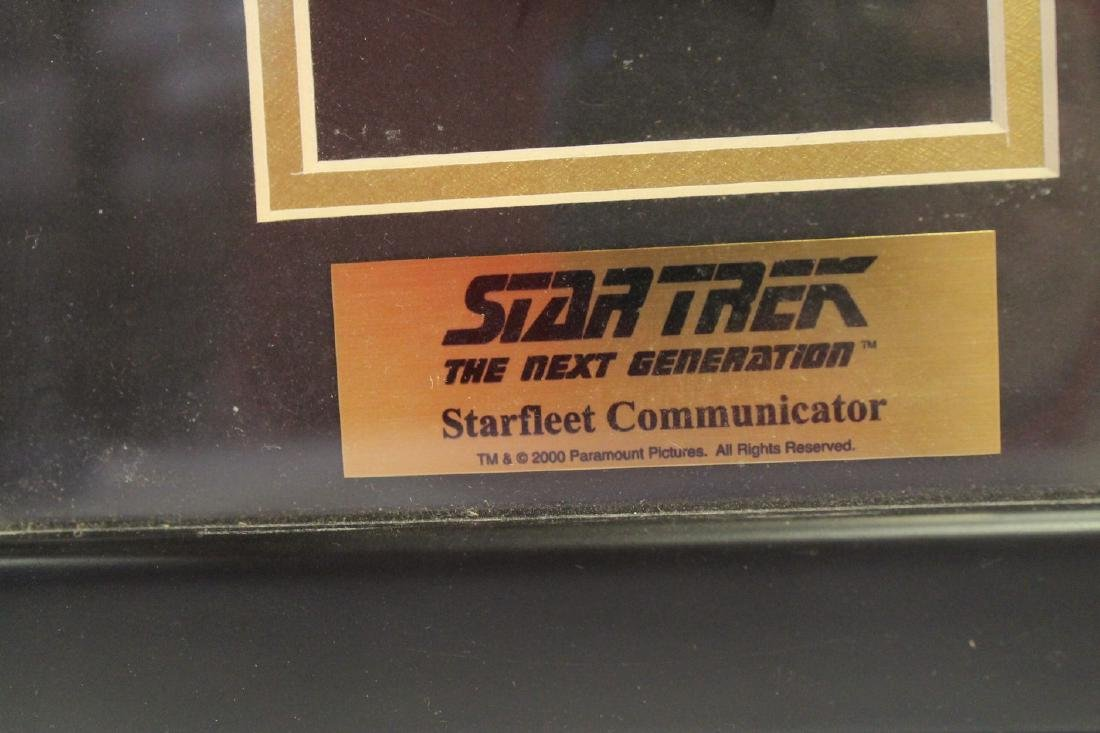 Lot of three Star Trek collectibles - 3