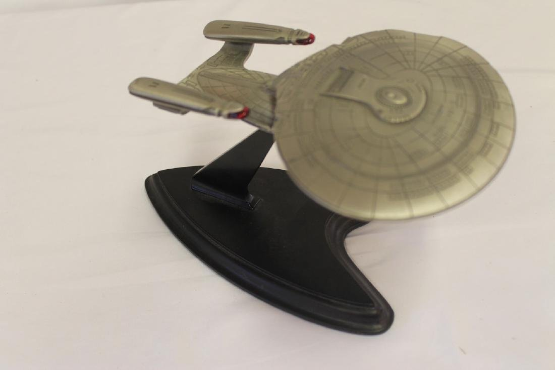 Lot of three Star Trek collectibles - 4
