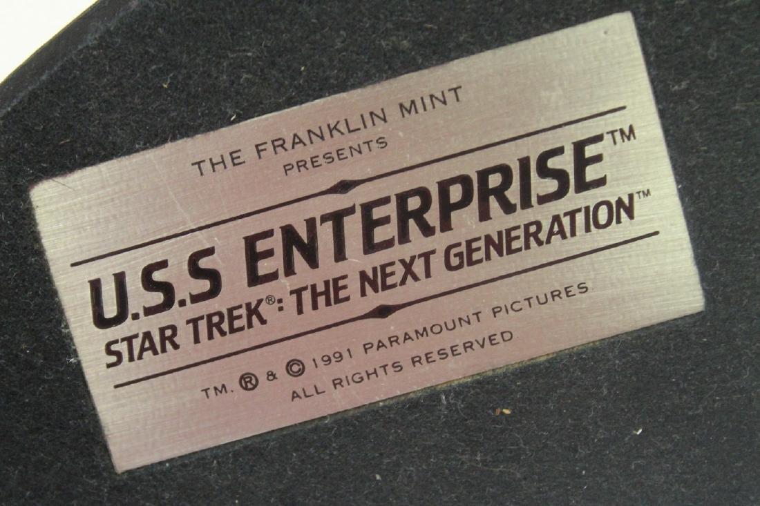Lot of three Star Trek collectibles - 8