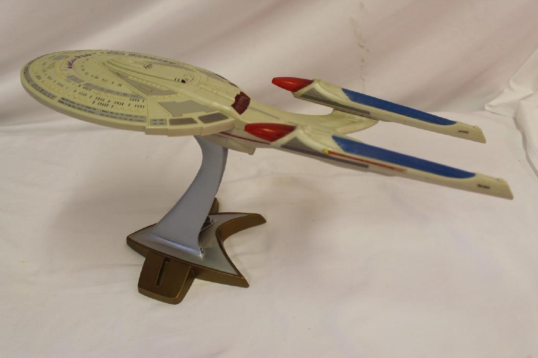 Lot of three Star Trek collectibles - 9