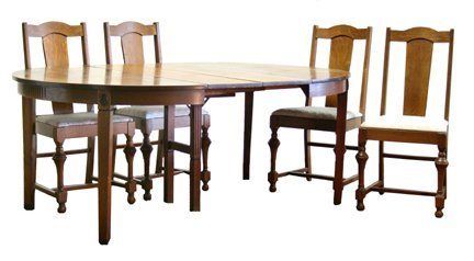 3: Mission Oak Dining Table/Chairs