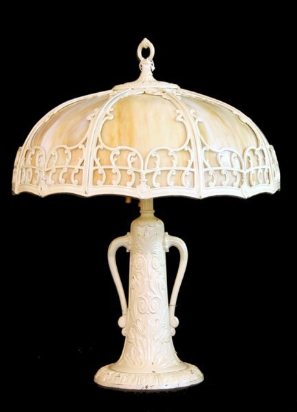 309: 8 Bent Glass Panel Lamp, Metal Base