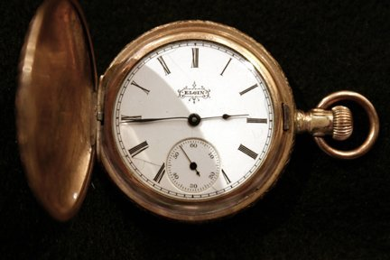 14: Gold Pocket Watch